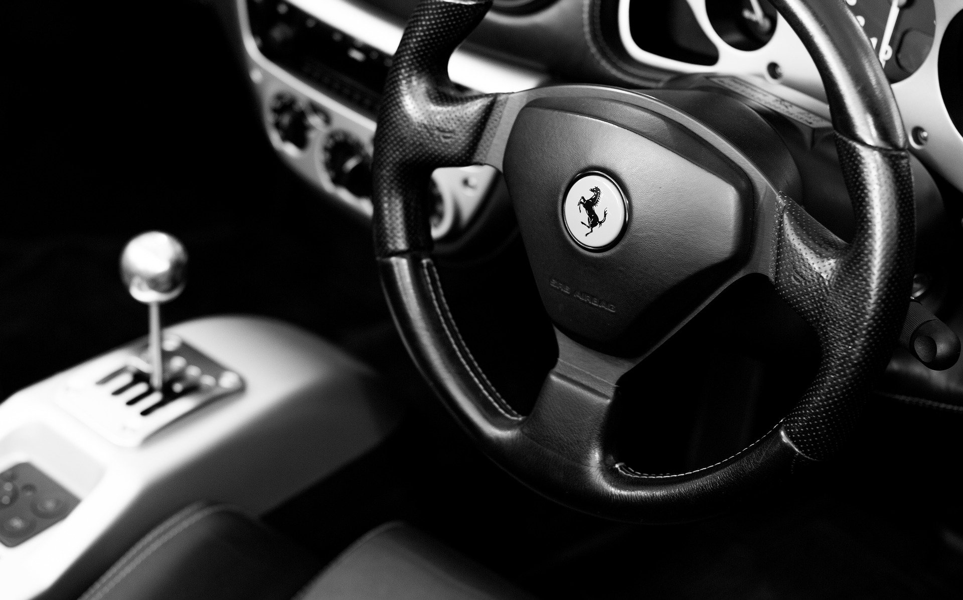 Should you learn to drive with a manual or an automatic car?